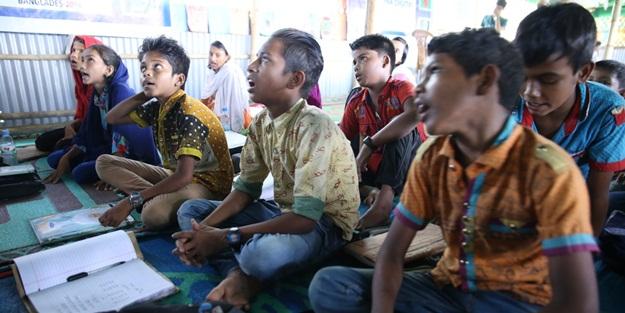 Sadakataşı'ndan Arakanlı Mültecilere Eğitim Merkezi