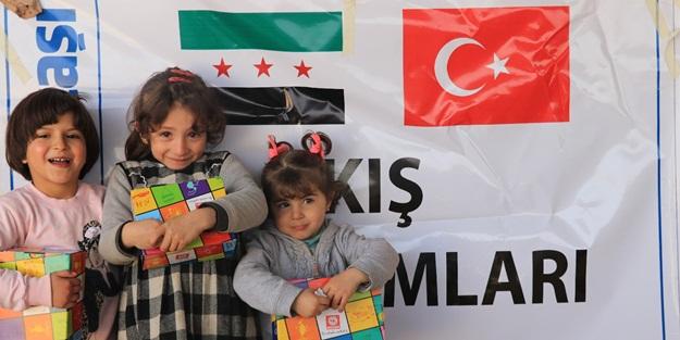 Sadakataşı'ndan Suriye'ye 12186 çift ayakkabı yardımı