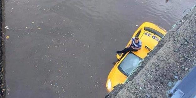 Sağanak yağış İstanbul'u işte böyle etkiledi!