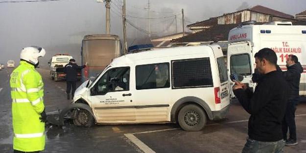 Sakarya'da feci kaza! 6 yaralı