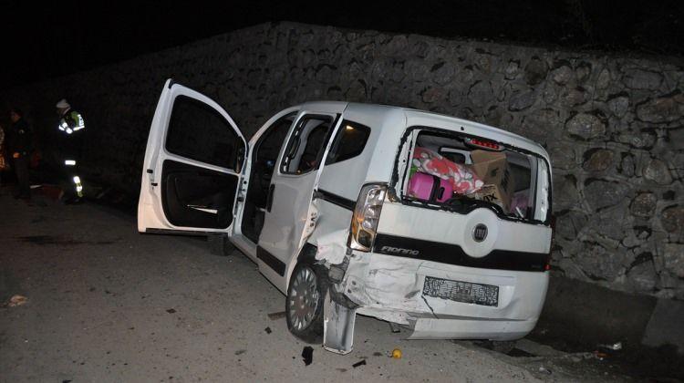 Sakarya'da zincirleme trafik kazası: 8 kişi yaralandı