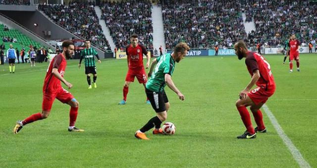 Sakaryaspor 1. Lig'in kapısına dayandı!