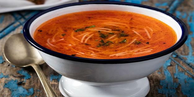 Salçalı Tel Şehriye çorbası nasıl yapılır? Salçalı Tel Şehriye çorbasının malzemeleri nelerdir?