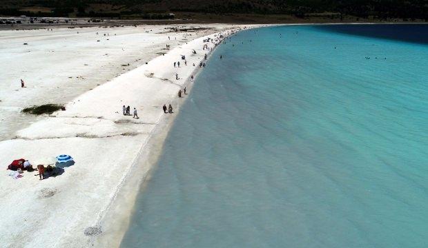 Salda Gölü'ndeki ziyaretçi sayısı 800 binin üzerinde