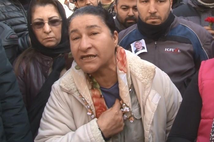 """Saldırıda öldürülen kuryenin annesi: """"Oğlumun kanının yerde kalmasını istemiyorum"""""""
