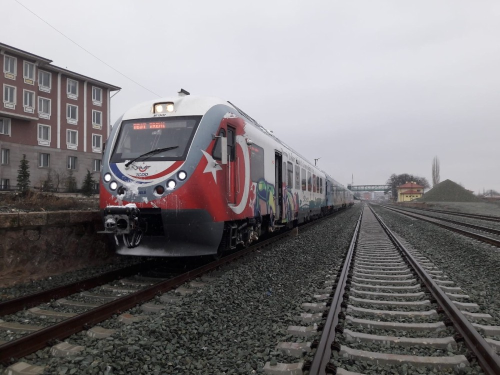 Samsun-Sivas tren yolunda test sürüşü yapıldı