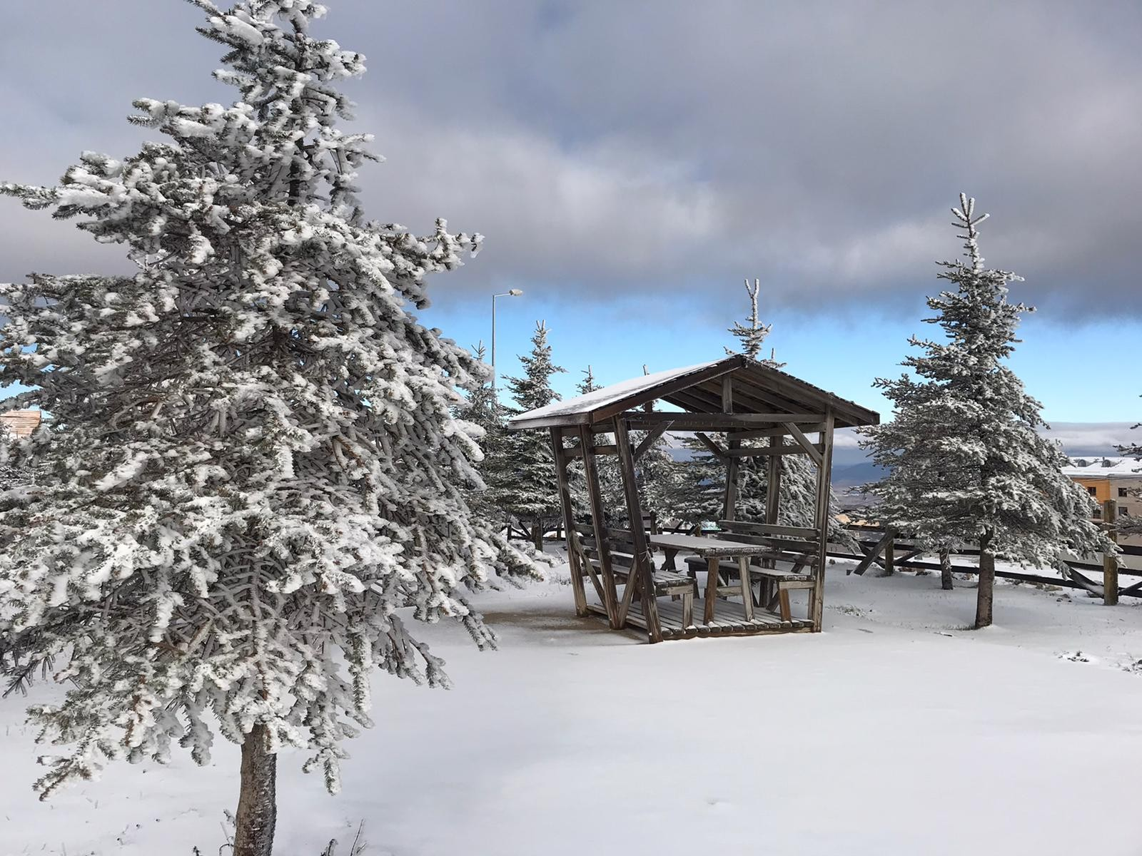 Samsun'a mevsimin ilk karı yağdı! Muhteşem görüntüler ortaya çıktı