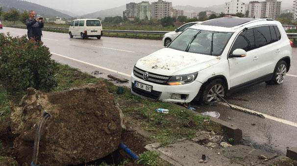 Samsun'da cip devrildi! 3 yaralı