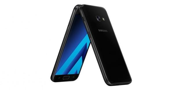 Samsung, yeni model telefonlarını tanıttı