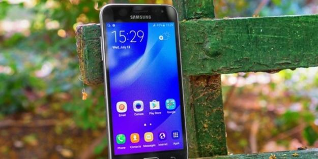 Samsung J3'ün özellikleri belli oldu