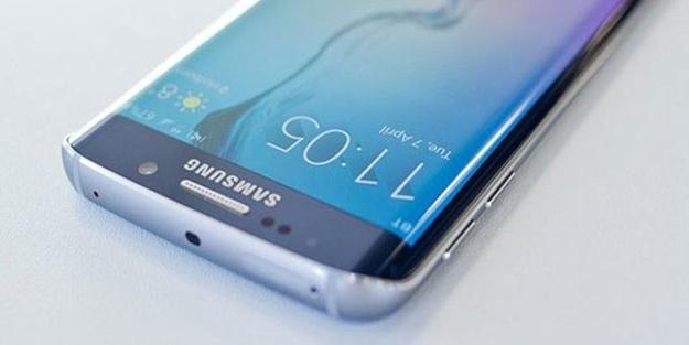 Samsung yeni telefonunu duyurdu