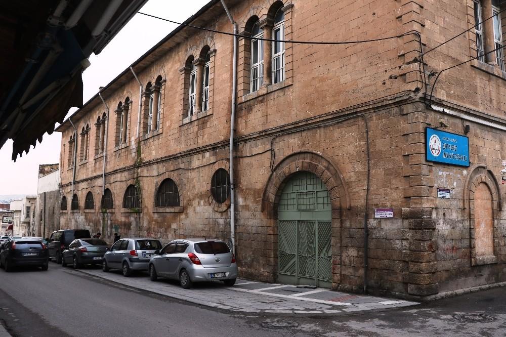 Şanlıurfa'da tarihi okul restore edildi