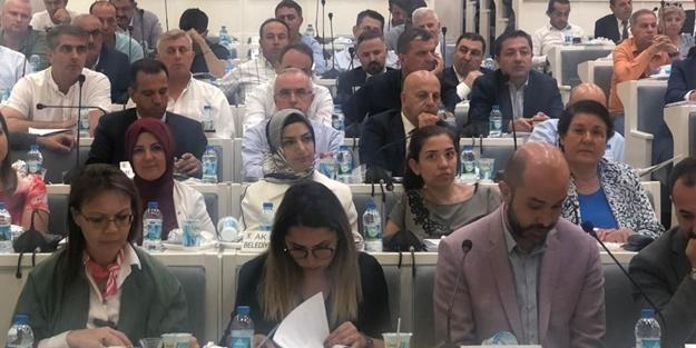 Sapkın uygulamarı gören AK Partililer, Toplumsal Cinsiyet Eşitliği Komisyonu'ndan istifa etti!