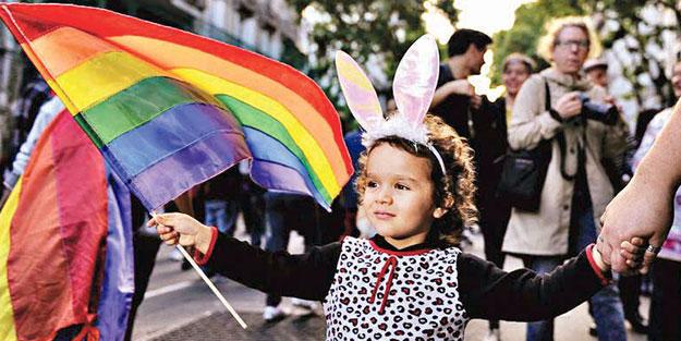 Sapkınlığı adım adım yayıyorlar! Önce LGBTİ sonra pedofili