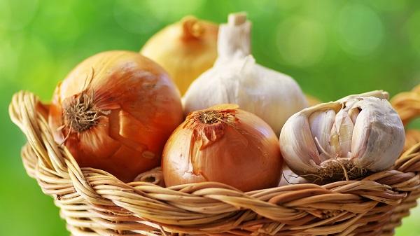 Sarımsak soğan koronavirüse karşı korur mu?