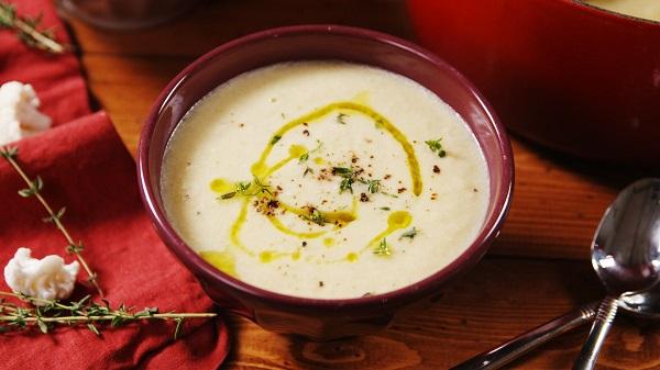 Sarımsaklı karnabahar çorbası nasıl yapılır?