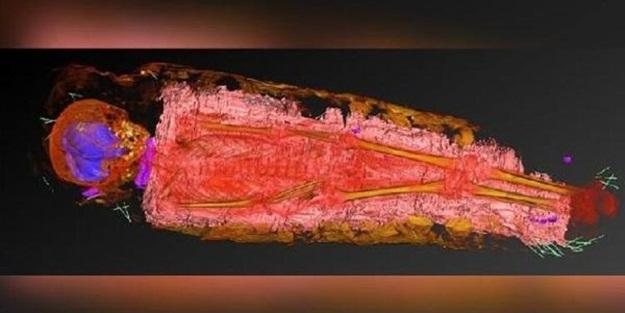 Şaşırtan keşif: Gizemli nesne bin 900 yıllık mumyanın içinden çıktı