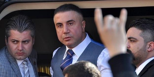 Sedat Peker Karamollaoğlu'na sert çıktı