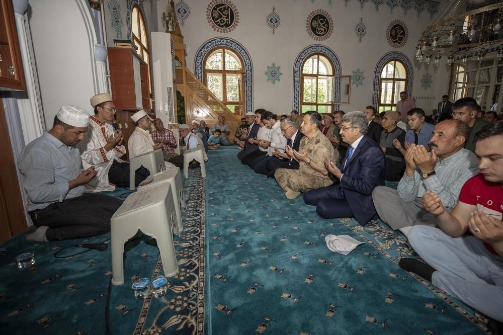 Şehit Jandarma Uzman Çavuş Kenan Karakuzu için mevlit okutuldu