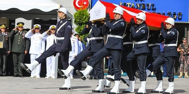 ŞEHİT POLİS MEMURU SON YOLCULUĞUNA UĞURLANDI