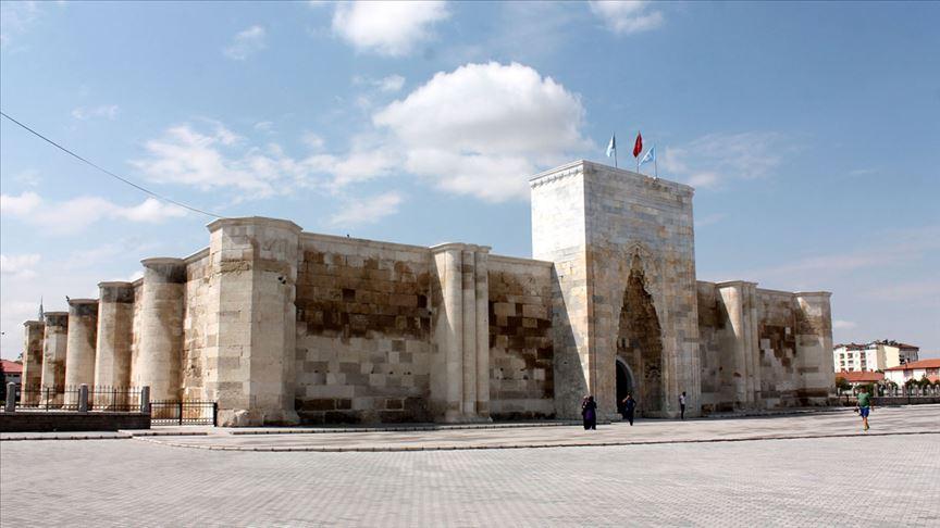Selçuklu eseri Sultanhanı Kervansarayın açılışına az kaldı