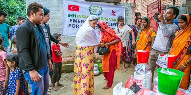 Selin vurduğu Güney Asya'ya yardım