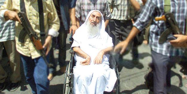Şeyh Ahmed Yasin'i rahmetle anıyoruz