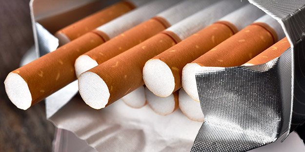 Sigara içenler dikkat! Resmen bitiriyor... Geri dönüşü bile yok!
