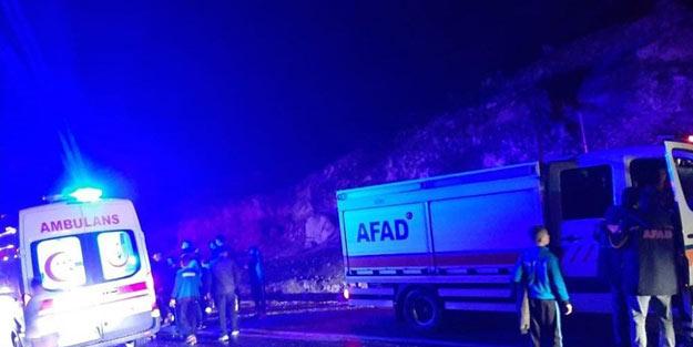 Siirt'te çayda mahsur kalan 35 öğrenci ve öğretmen kurtarıldı