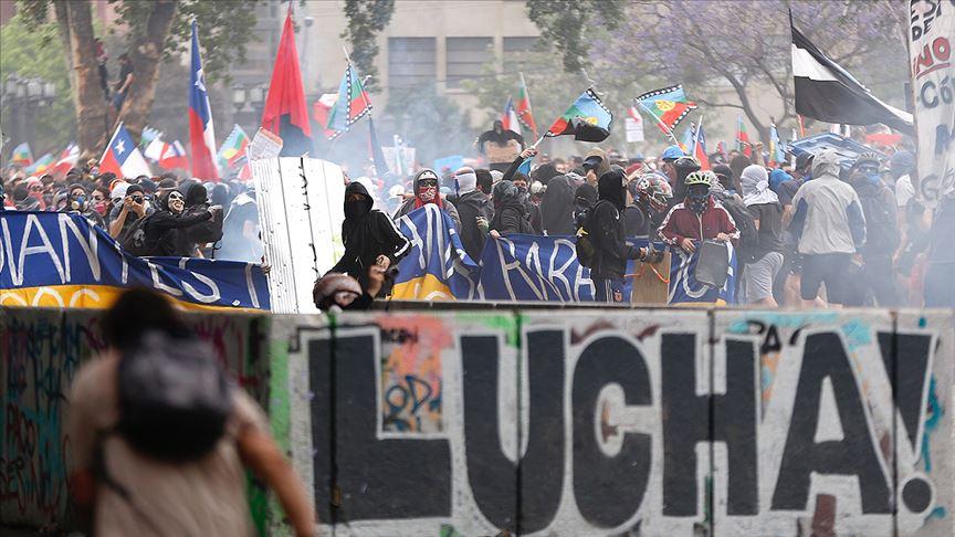 Şili'deki gösteriler durulmuyor