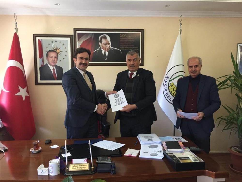 Sincik Belediyesi toplu iş sözleşmesini imzaladı
