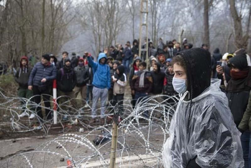 Sınır göçmenlerinin bekleyişi devam ediyor
