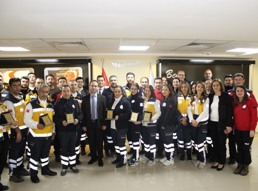 Sınır ötesi operasyonlarda görev yapan sağlık personeli onurlandırıldı
