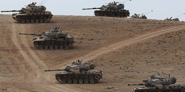 Sınırda tanklar yer değiştiriyor!