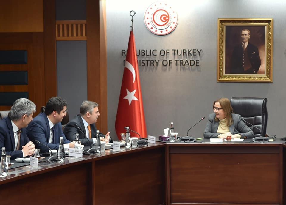 Sinop-Almanya direkt uçuş talebi Bakan Pekcan'a iletildi