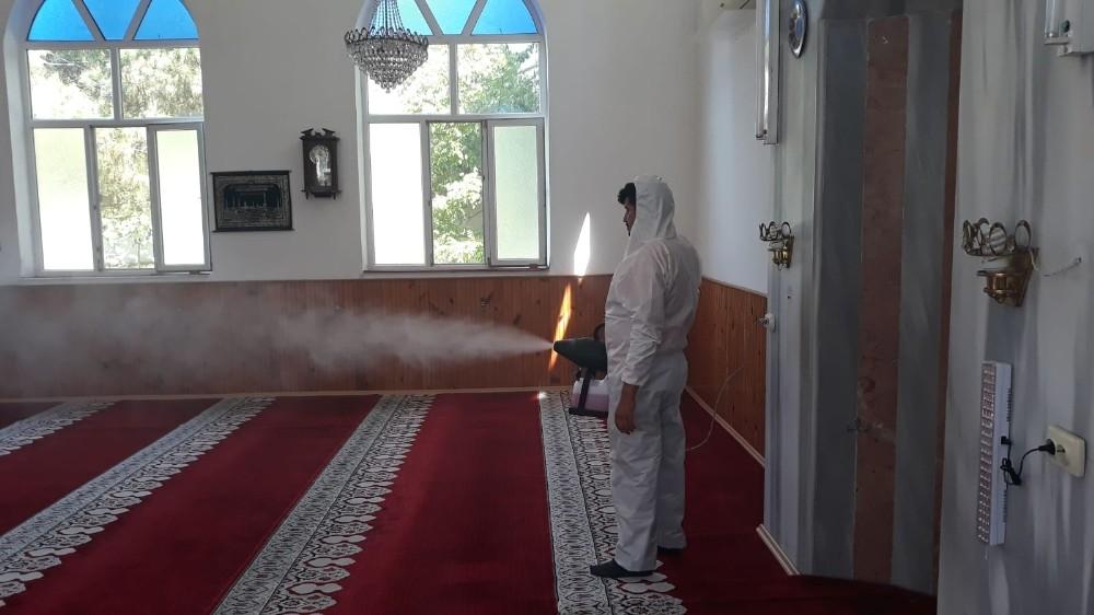 Sinop'ta camiler dezenfekte ediliyor