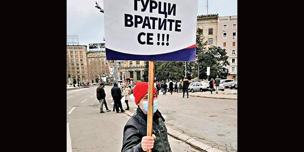 Sırbistan'da 'Türkler geri dönün' sesleri