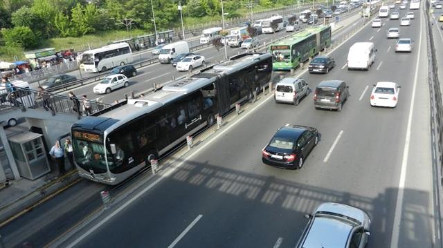 Şirinevler metrobüs durağı kapanacak