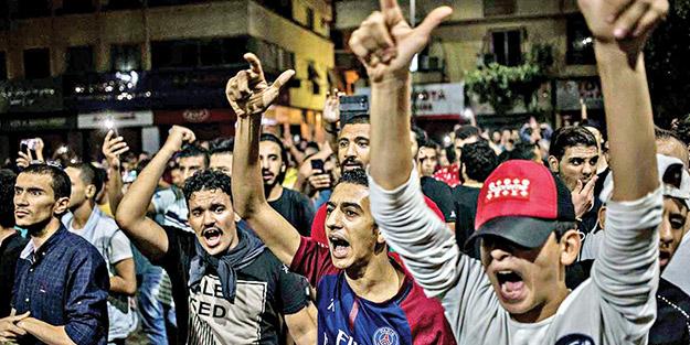Sisi'yi devirmek istiyorlar! Mısırlı subaylar halkı sokağa çağırdı