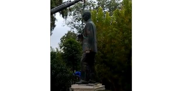 Şişli Belediyesi, CHP'lileri şoka soktu! Mustafa Kemal heykeli bakın neden kaldırılmış! CHP yine iş başında