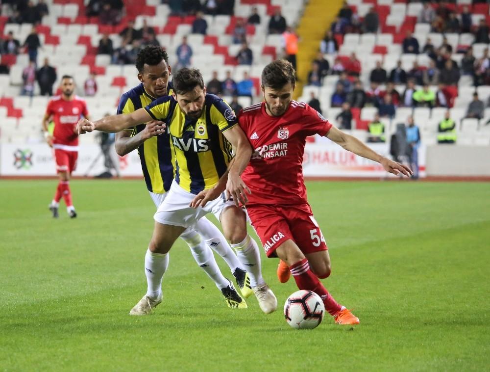 Sivasspor, Cumhuriyet Kupası'nda Fenerbahçe'yi ağırlayacak