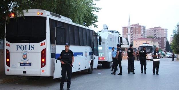 Sivil polis aracına saldırı 1 polis ağır yaralı