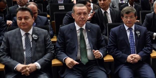 Siyasi ikiyüzlülüğün bu kadarı... Ali Babacan'dan sonra ve Ahmet  Davutoğlu'nun imzası da ifşa oldu!