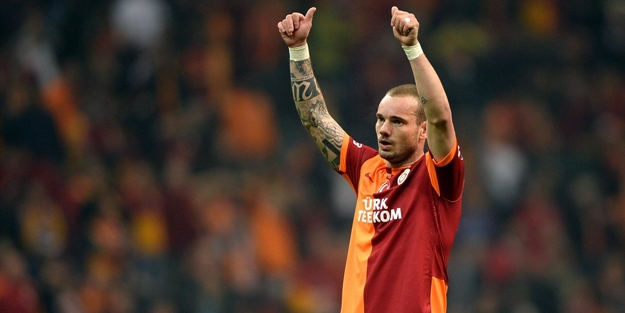 Sneijder'in menajerinden ayrılık açıklaması!