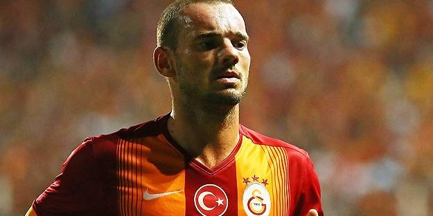 Sneijder'in Menajeri Çin'in Teklifi İçin mi İstanbul'a Geldi?