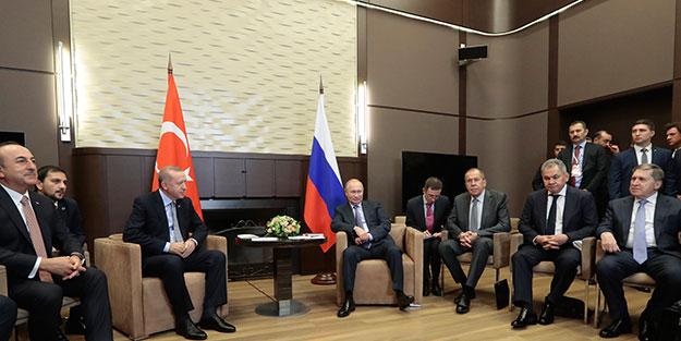 Çavuşoğlu'nun toplantıdaki esprisi heyetleri güldürdü