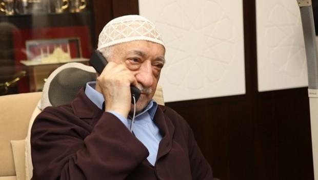 Şok iddia! Fetullah Gülen'i yönlendiren bir 'abi' var!