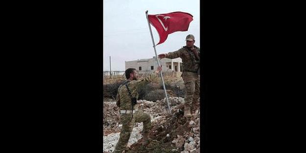Menbiç'e Türk bayrağı dikildi