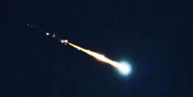 Son yılların en büyük meteoru dünyaya çarptı!