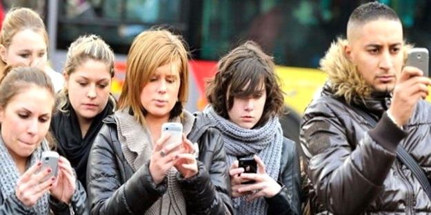Sosyal medya yalnızlaştırıyor